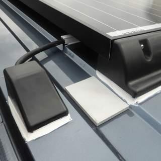 Montážna sada solárneho panela na vlnitú strechu/Fiat Ducato